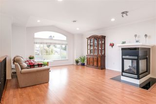 Photo 4: 816 LILLIAN Street in Coquitlam: Harbour Chines House for sale : MLS®# R2321039