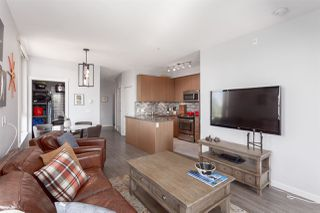 """Photo 5: 203 2008 E 54TH Avenue in Vancouver: Fraserview VE Condo for sale in """"Cedar 54"""" (Vancouver East)  : MLS®# R2339394"""