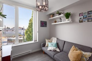 """Photo 9: 203 2008 E 54TH Avenue in Vancouver: Fraserview VE Condo for sale in """"Cedar 54"""" (Vancouver East)  : MLS®# R2339394"""