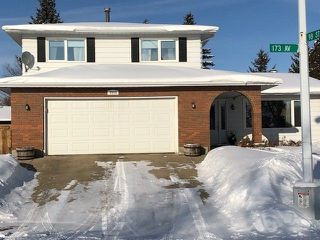 Main Photo: 9804 173 Avenue in Edmonton: Zone 27 House for sale : MLS®# E4144309