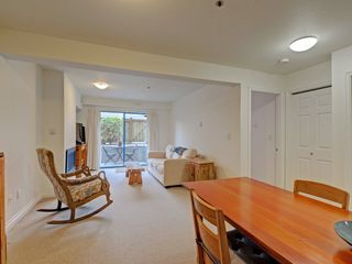 "Photo 9: 104 988 W 16TH Avenue in Vancouver: Cambie Condo for sale in ""THE OAKS"" (Vancouver West)  : MLS®# R2344280"