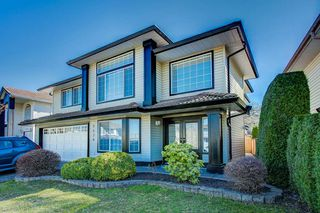 "Photo 1: 2436 GILLESPIE Street in Port Coquitlam: Riverwood House for sale in ""Riverwood"" : MLS®# R2350506"