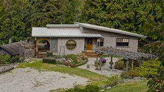Photo 2: 5687 RUTHERFORD Road in Halfmoon Bay: Halfmn Bay Secret Cv Redroofs House for sale (Sunshine Coast)  : MLS®# R2363253