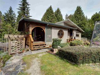 Photo 3: 5687 RUTHERFORD Road in Halfmoon Bay: Halfmn Bay Secret Cv Redroofs House for sale (Sunshine Coast)  : MLS®# R2363253