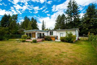 Photo 15: 1093 ROSAMUND Road in Gibsons: Gibsons & Area House for sale (Sunshine Coast)  : MLS®# R2363349