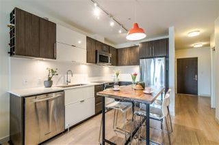 Photo 4: 212 215 E 33RD Avenue in Vancouver: Main Condo for sale (Vancouver East)  : MLS®# R2363811