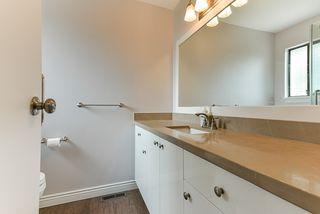 "Photo 16: 15062 20 Avenue in Surrey: Sunnyside Park Surrey House for sale in ""SUNNYSIDE PARK SURREY"" (South Surrey White Rock)  : MLS®# R2373461"