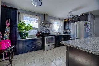 Photo 1: 7203 136 Avenue in Edmonton: Zone 02 House for sale : MLS®# E4159004