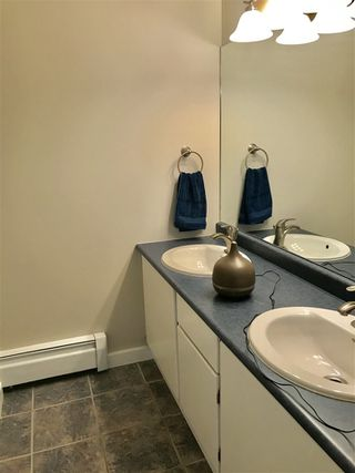 "Photo 12: 211 13931 74 Avenue in Surrey: East Newton Townhouse for sale in ""GLENCOE"" : MLS®# R2382340"