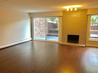 "Photo 5: 211 13931 74 Avenue in Surrey: East Newton Townhouse for sale in ""GLENCOE"" : MLS®# R2382340"