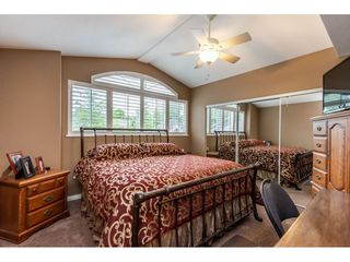 Photo 16: 8964 207 Street in Langley: Walnut Grove House for sale : MLS®# R2385881