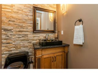 Photo 18: 8964 207 Street in Langley: Walnut Grove House for sale : MLS®# R2385881