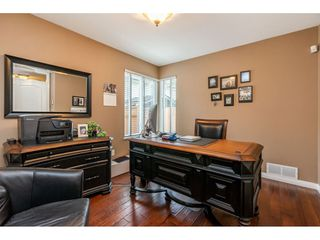 Photo 17: 8964 207 Street in Langley: Walnut Grove House for sale : MLS®# R2385881