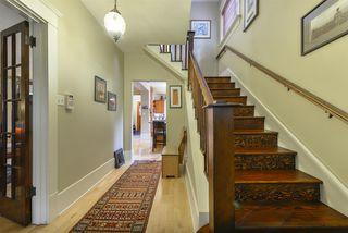 Photo 3: 14301 101 Avenue in Edmonton: Zone 21 House for sale : MLS®# E4173195
