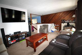 "Photo 3: 3324 HASTINGS Street in Port Coquitlam: Woodland Acres PQ House for sale in ""WOODLAND ACRES"" : MLS®# R2433514"