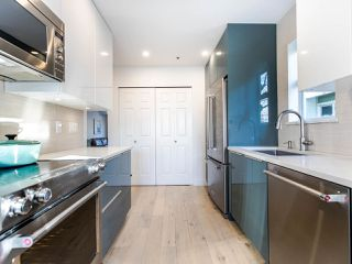 Photo 11: 17 4163 SOPHIA Street in Vancouver: Main Townhouse for sale (Vancouver East)  : MLS®# R2436690