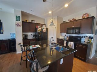 Photo 2: 170 Ashworth Crescent in Saskatoon: Stonebridge Residential for sale : MLS®# SK799735
