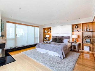 "Photo 17: 1003 1438 W 7TH Avenue in Vancouver: Fairview VW Condo for sale in ""DIAMOND ROBINSON"" (Vancouver West)  : MLS®# R2445837"