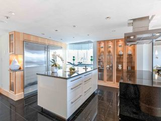 "Photo 10: 1003 1438 W 7TH Avenue in Vancouver: Fairview VW Condo for sale in ""DIAMOND ROBINSON"" (Vancouver West)  : MLS®# R2445837"