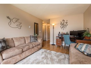 Photo 5: 2731 SANDON Drive in Abbotsford: Abbotsford East 1/2 Duplex for sale : MLS®# R2465011