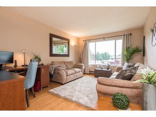 Photo 3: 2731 SANDON Drive in Abbotsford: Abbotsford East 1/2 Duplex for sale : MLS®# R2465011