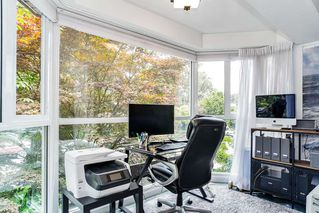 """Photo 15: 201 2252 W 5TH Avenue in Vancouver: Kitsilano Townhouse for sale in """"TIBURON"""" (Vancouver West)  : MLS®# R2476153"""
