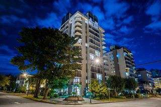 Photo 2: 1301 1575 BEACH AVENUE in Vancouver: West End VW Condo for sale (Vancouver West)  : MLS®# R2488362