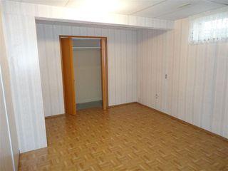 Photo 9: 9940 178 Avenue in Edmonton: Zone 27 House Half Duplex for sale : MLS®# E4214850