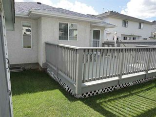 Photo 2: 9940 178 Avenue in Edmonton: Zone 27 House Half Duplex for sale : MLS®# E4214850