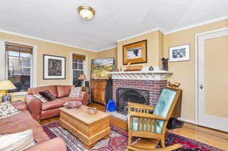 Photo 2: 2841 Dewdney Ave in : OB Estevan House for sale (Oak Bay)  : MLS®# 861557