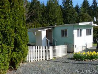 Photo 2: 24 2615 Otter Point Rd in SOOKE: Sk Broomhill Manufactured Home for sale (Sooke)  : MLS®# 569509