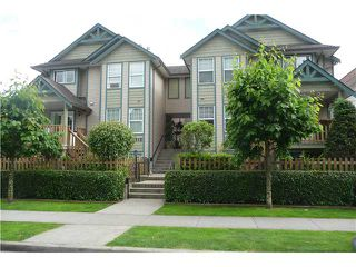 Main Photo: 2 2212 ATKINS Avenue in Port Coquitlam: Central Pt Coquitlam Townhouse for sale : MLS®# V917398
