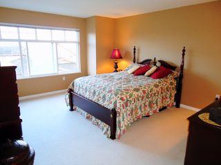 "Photo 6: 4 5201 OAKMOUNT Crescent in Burnaby: Oaklands Townhouse for sale in ""HARTLANDS"" (Burnaby South)  : MLS®# V921209"