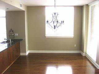 Photo 3: 303 15445 VINE Avenue: White Rock Condo for sale (South Surrey White Rock)  : MLS®# F1325300