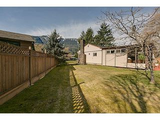 "Photo 17: 41550 GOVERNMENT Road in Squamish: Brackendale House for sale in ""BRACKENDALE"" : MLS®# V1051640"