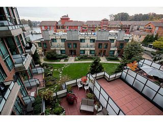 "Photo 7: 314 10 RENAISSANCE Square in New Westminster: Quay Condo for sale in ""Murano Lofts"" : MLS®# V1054623"