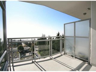 "Photo 11: 1101 15152 RUSSELL Avenue: White Rock Condo for sale in ""MIRAMAR TOWER A"" (South Surrey White Rock)  : MLS®# F1424101"