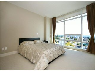 "Photo 12: 1101 15152 RUSSELL Avenue: White Rock Condo for sale in ""MIRAMAR TOWER A"" (South Surrey White Rock)  : MLS®# F1424101"