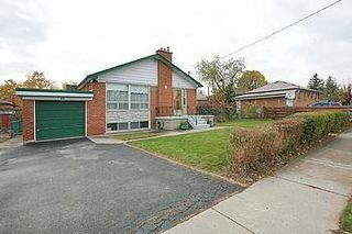 Photo 12: 23 Hancock Crest in Toronto: Wexford-Maryvale House (Bungalow) for sale (Toronto E04)  : MLS®# E3063654