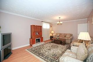 Photo 18: 23 Hancock Crest in Toronto: Wexford-Maryvale House (Bungalow) for sale (Toronto E04)  : MLS®# E3063654