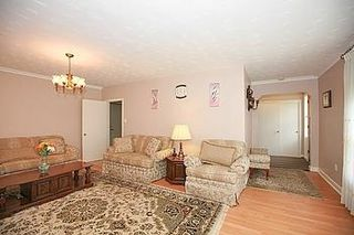 Photo 17: 23 Hancock Crest in Toronto: Wexford-Maryvale House (Bungalow) for sale (Toronto E04)  : MLS®# E3063654