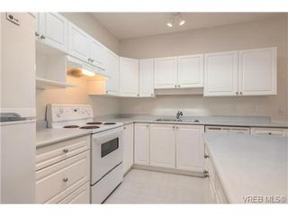 Photo 4: 8 7980 East Saanich Rd in SAANICHTON: CS Saanichton Row/Townhouse for sale (Central Saanich)  : MLS®# 686779
