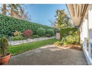 Photo 3: 8 7980 East Saanich Road in SAANICHTON: CS Saanichton Townhouse for sale (Central Saanich)  : MLS®# 344342