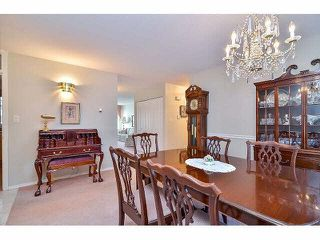 "Photo 9: 233 14861 98TH Avenue in Surrey: Guildford Townhouse for sale in ""THE MANSIONS"" (North Surrey)  : MLS®# F1429353"