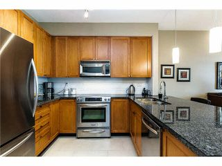 """Photo 2: 28 245 FRANCIS Way in New Westminster: Fraserview NW Townhouse for sale in """"GLENBROOK AT VICTORIA HILL"""" : MLS®# V1114087"""