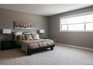 Photo 8: 143 LAKEBOURNE Drive in WINNIPEG: West Kildonan / Garden City Residential for sale (North West Winnipeg)  : MLS®# 1507417