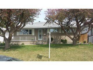 Main Photo: 2312 72 Avenue SE in Calgary: Ogden_Lynnwd_Millcan House for sale : MLS®# C4014315