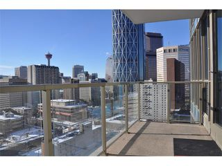 Photo 1: 1706 325 3 Street SE in Calgary: Downtown East Village Condo for sale : MLS®# C4018857