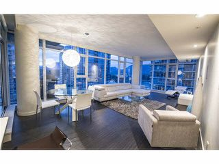 """Photo 12: 1702 1205 W HASTINGS Street in Vancouver: Coal Harbour Condo for sale in """"CIELO"""" (Vancouver West)  : MLS®# V1131445"""