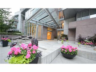 "Photo 2: 1702 1205 W HASTINGS Street in Vancouver: Coal Harbour Condo for sale in ""CIELO"" (Vancouver West)  : MLS®# V1131445"